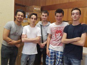 Marceau, Albin, Denis, Maxence et Nicolas, étudiants du groupe Social'IT